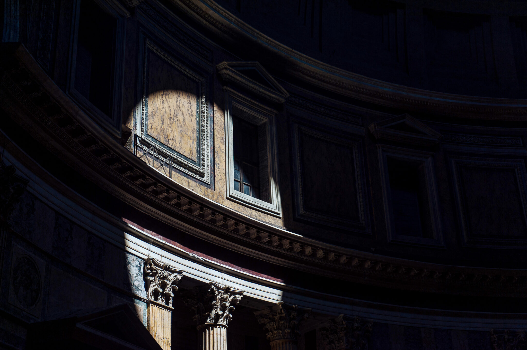 Daylight on the Wall, Pantheon – Rome 2015