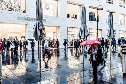Rain and Life at Street – Autumn feelings 2014 Vienna.